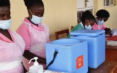 Seis meses de vacunación COVID-19: Países de altos ingresos 44% de dosis; naciones de renta baja 0,4%