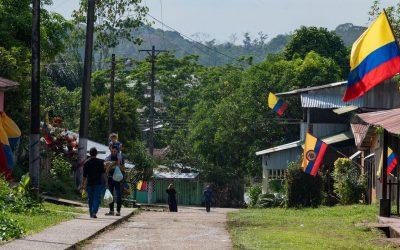 Con 'palabras dulces' avanza la vacunación en el Amazonas colombiano